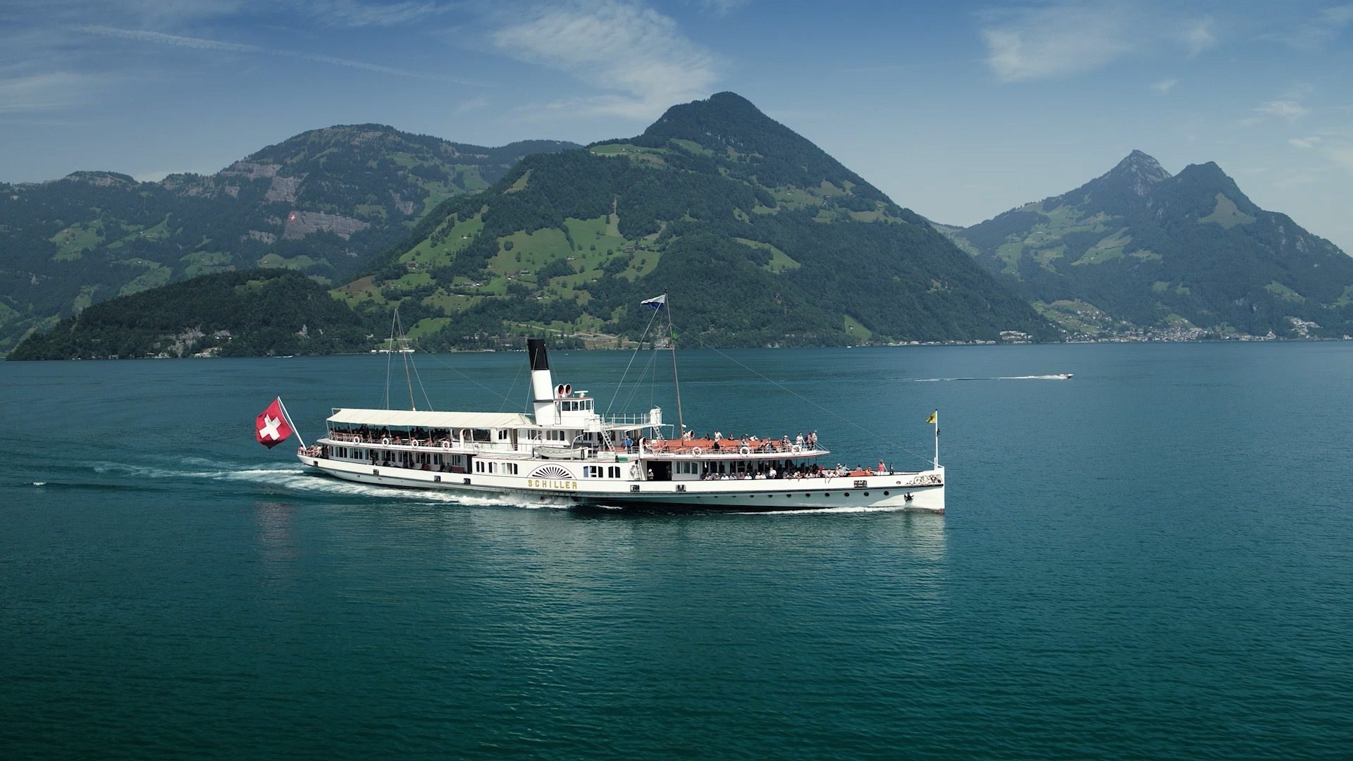 Luzern Tourismus - Dampfschiff Vierwaldstättersee Berge